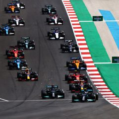 F1 '21: a Portimao vince Hamilton